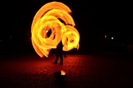 Die ZirkusAkademie: ZirkusAkademie-1002-Feuershow_1__Paul_Silberberg_06