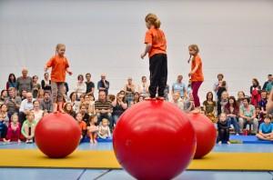 Die ZirkusAkademie: ZirkusAkademie-3009-Finale_Kids_Paul_Silberberg__32